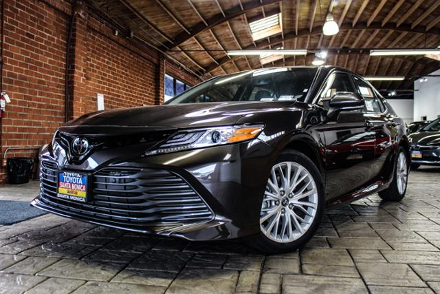 New 2018 Toyota Camry Xle Auto 4dr Car In Santa Monica 18250017