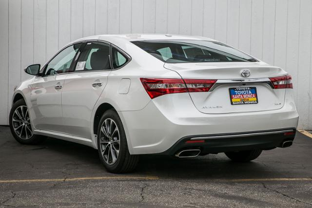 New 2017 Toyota Avalon XLE Plus 4dr Car in Santa Monica