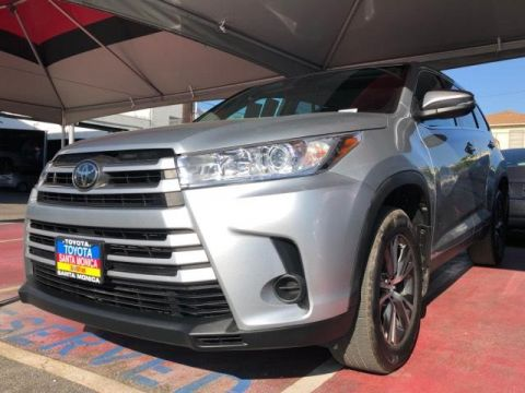 Certified Pre-Owned 2019 Toyota Highlander LE V6 AWD