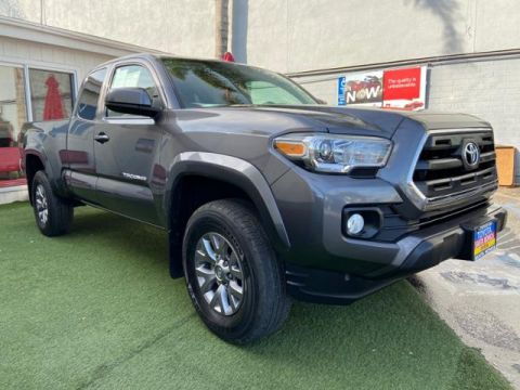 Certified Pre-Owned 2017 Toyota Tacoma SR5 Access Cab 6' Bed I4 4x2 AT